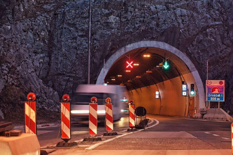 Opremanje i nadzor tunela